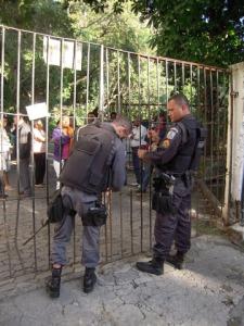 portão-fechado