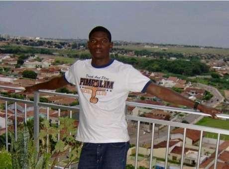 Estudante africano Toni Bernardo da Silva, de 27 anos, natural da Guiné-Bissau
