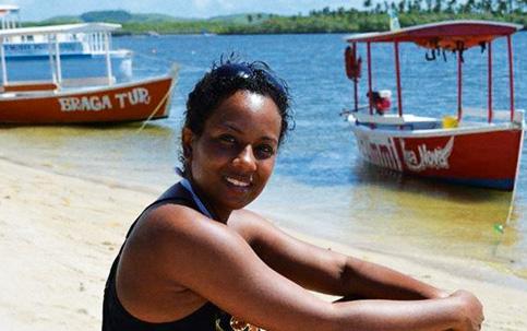 CONFLITO Mirian está presa desde o dia 29 de dezembro. Sua mãe, Valdicéia, (abaixo) acredita em racismo,  hipótese negada pela delegada Patrícia Bezerra