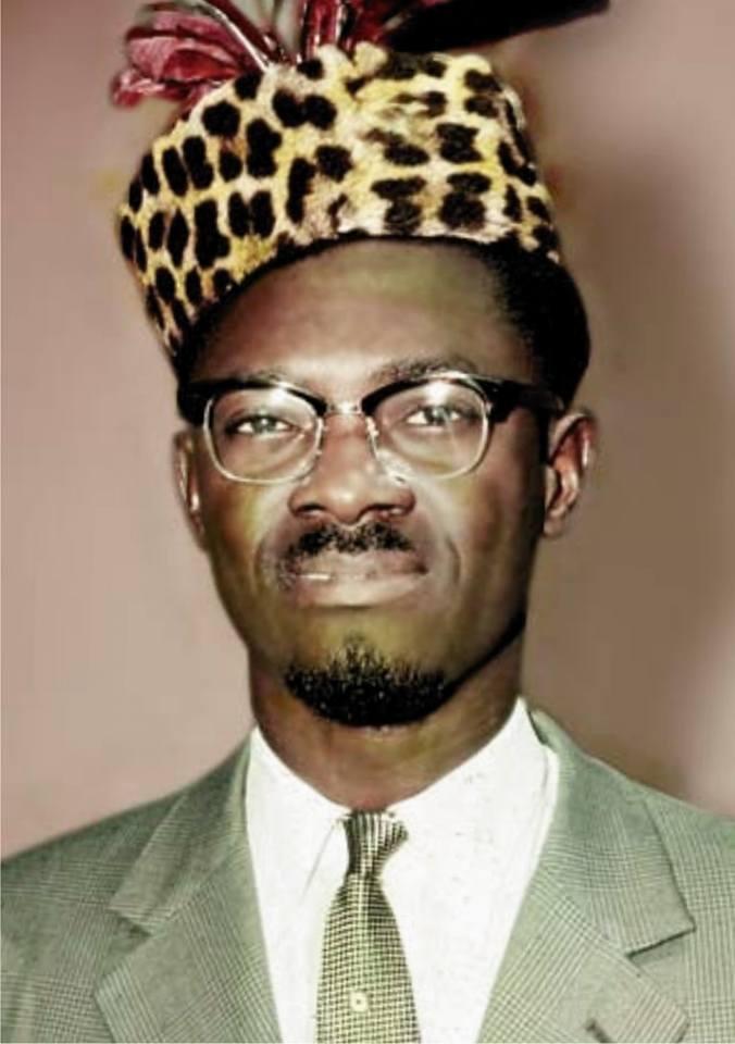 Patrice Lumunba, primeiro presidente do Congo independente, assassinado pelo ditador agente da Cia, Mobutu, a mando da Bélgica e EUA
