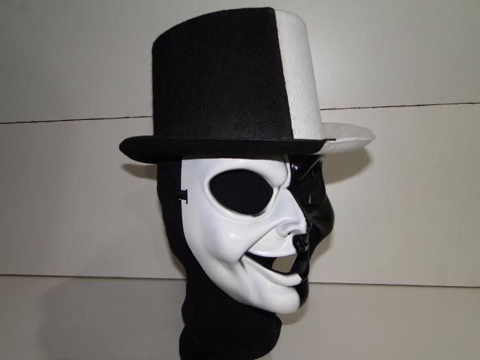 fantasia-cartola-e-mascara-preta-branca-dupla-face-duas-cara-